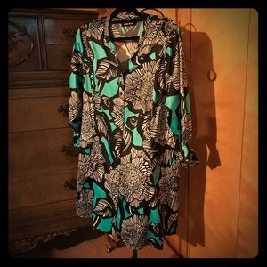 dennis basso Teal and Black Floral Button Down EUC